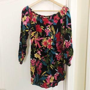 Super cute floral Lucy Love long sleeve/beach top